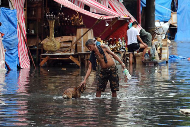 typhoon-nockten-hits-philippines