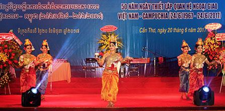 Cambodia_Vietnam